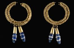 Jewels of the Ancient World - Near Eastern earrings dating to around 500 BCE, found in the Cinquantenaire Museum. Bohemia Jewelry, Old Jewelry, Jewelry Art, Antique Jewelry, Beaded Jewelry, Vintage Jewelry, Jewelry Design, Beaded Necklace, Jewellery