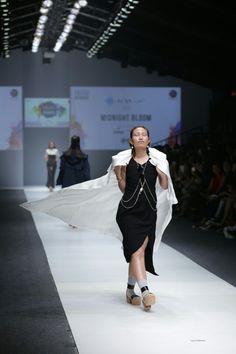 Feelin it! AYU DEWI rockes the runway at Grazia Glitz and Glam #JakartaFashionWeek2016 #BerrybenkaLovesJFW16  #JFW2016