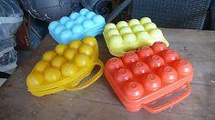 Design 1970 Objets de Cuisine Vintage 4 Boites à 12 Oeufs Colorées Plastique