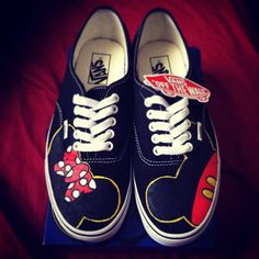 Zapatos VANS personalizadas Mickey & Minnie por CarcamoCustoms