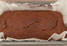 A moist banana nut loaf, low in sugar, with a delicious banana flavour and the goodness of walnuts. Banana Nut, Banana Bread, Nut Loaf, Cake Recipes, Sugar, Cakes, Desserts, Food, Tailgate Desserts