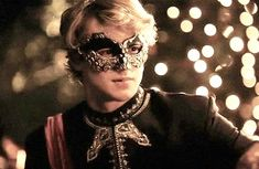 Blond boy or guy / prince / masquerade / mask Story Inspiration, Writing Inspiration, Character Inspiration, Great Comet Of 1812, The Great Comet, Mode Steampunk, Masquerade Ball, Venetian Masquerade, The Villain
