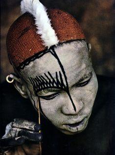 Kau tribe, body painting.