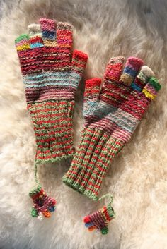 """MILAGROS MUNDO """"Funky Fairtrade & Hippy Chic"""": From Peru.  Love the mix of colors, and the cute little ones too!"""