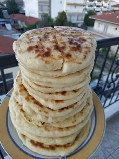 Breakfast Snacks, Yams, Food Art, Pancakes, Food And Drink, Cooking Recipes, Chocolates, Pastries, Breads