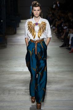 Dries Van Noten Spring 2016 Ready-to-Wear Fashion Show - Irina Djuranovic