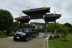 1300GoLimo has been providing quality limo hire services in Victoria since 1987 for a multitude of events and occasions