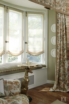 sheer soft romans in a bay window with window seat. Design by? Please let me know if this is your design. French Door Coverings, Window Coverings, Bay Window Treatments, Bathroom Window Curtains, Curtains For Bay Windows, Window Seat Curtains, Bathroom Blinds, Kitchen Blinds, Window Blinds