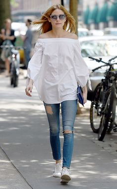 Olivia Palermo from The Big Picture: Today's Hot Pics The fashion mogul keeps things cute and flirty during a day out in NYC.