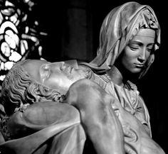 Michelangelo, La Pietà. Rome, Italy