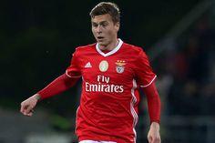 Benfica confirma venda de Lindelof ao Manchester United por 35 milhões de euros