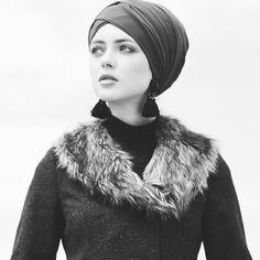 Be bold! Fall Winter 2017, Winter Hats, Turkish Fashion, Ootd Fashion, Istanbul, Dubai, Fashion Inspiration, Paradise, Fur Coat