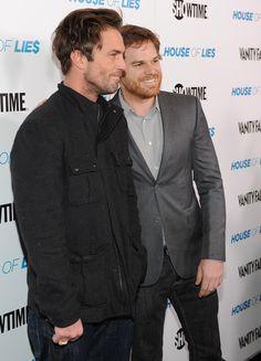 """Addicted To Dexter: Michael C. Hall et Desmond Harrington à l'avant-première de """"House Of Lies"""" - Blog sur la série"""