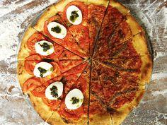 A Pizza Venezia e Verona do Chef Pedro Benoliel é a receita ideal para fazer com os amigos.