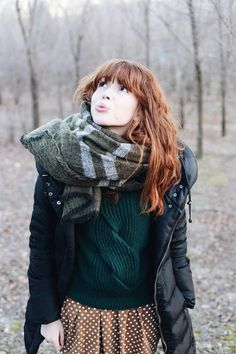 Autumn style - polka dots and big scarf