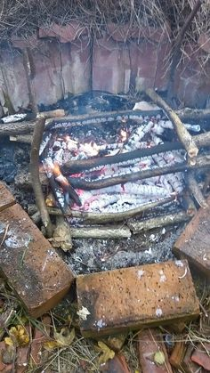 Outdoor Blanket, Texture, Wood, Crafts, Fire, Madeira, Woodwind Instrument, Surface Finish, Wood Planks