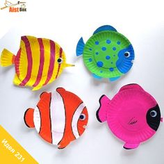 AistBox: 270 идей лета: тропические рыбки из тарелок  Если ваш летний отпуск прошёл на море, вы наверняка видели каких-нибудь красивых рыбок. Вспомните их или загляните в интернет;) Будем создавать ярких рыбок дома из самых простых материалов!