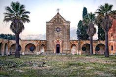 Lecce, Italie | Community Post: Les 28 plus belles églises abandonnées au monde