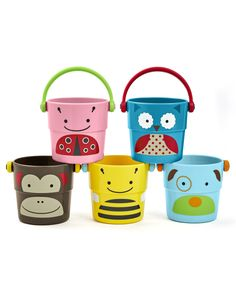 These colorful SKIP*HOP Zoo Stack and Pour Buckets make bath time more fun. A SKIP*HOP zoo character face covers each bucket that is perfect for little hands. Kids can stack, fill, pour or drain water with each bucket's three different sprinkle effects. Bath Toys For Toddlers, Toddler Toys, Kids Toys, Toddler Daycare, Children's Toys, Kids Bath, Best Baby Toys, Baby Bath Toys, Skip Hop Zoo