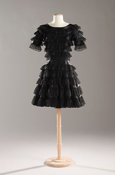 """Cocktail dress House of Chanel  (French, founded 1913) Designer: Gabrielle """"Coco"""" Chanel (French, Saumur 1883–1971 Paris) Date: ca. 1965 Culture: French Medium: silk"""