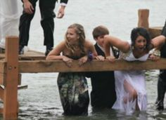 Prom Pic Prop Fail