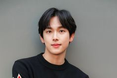 """Im Siwan has received an official date for his military enlistment. A representative from his agency Plum Entertainment announced, """"On July 11, Im Siwan will be enlisting as an active-duty soldier at a recruit training center located in Gyeonggi province. He is planning on briefly greeting his fans on the day of his enlistment."""""""