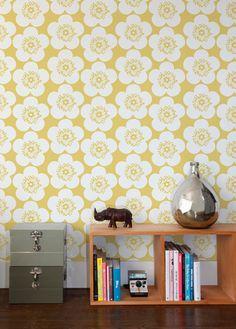 Pop floral wallpaper by Aimée Wilder