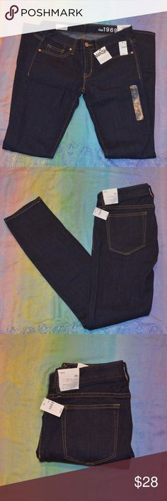 NWT GAP Always Skinny Dark Wash Jeans Low Rise Skinny in the hip and thigh Slim leg opening  Stretch Size 26r Gap Jeans Skinny