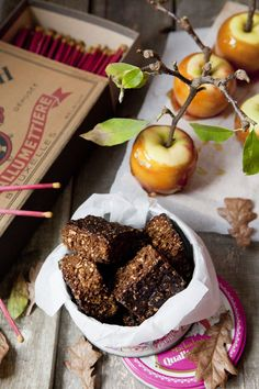 Miss Foodwise | Celebrating British food and culture: Gunpowder, treason and bonfire parkin