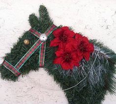 Horse wreath  Images courtesy of Teri Wilber.