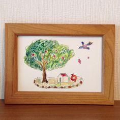 「木と家とザクロ」*オリジナル原画で一点ものです*サイズ 187×136mm(木枠込み)*使用画材 水彩絵の具 鉛筆 厚紙*注意 色味は実物と近く...|ハンドメイド、手作り、手仕事品の通販・販売・購入ならCreema。
