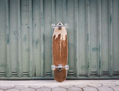 Skateboarders can now experience a more stylish everyday ride with the help of these Handcrafted Wooden Skateboard by Murksli.