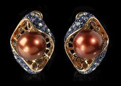 Earrings Undina - buy in Mousson Atelier Eye Jewelry, Pearl Jewelry, Pendant Jewelry, Jewelery, Gold Accessories, Fantasy Jewelry, Unique Earrings, Designer Earrings, Fashion Earrings