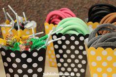 Lakuja ja tikkareita herkkupöytään? #lastenjuhlat #teemajuhlat