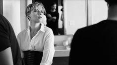 """Scarlett Johansson afirmou que """"a monogamia não é uma coisa natural"""" Harrison Ford, Ben Affleck, Scarlett Johansson, Hollywood, Natural, Single Life, Interview, Dire Straits, Au Natural"""