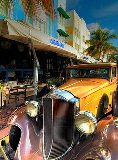 Ocean drive - photo by Susanne Kremer (Miami Beach, Florida)