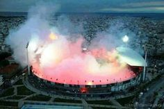 Football stadium or Volcano? Soccer Fans, Football Fans, Fifa Football, Paros, Santorini, Ultras Football, Football Stadiums, Soccer Stadium, Thessaloniki