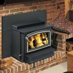 This unit delivers convective and radiant heat, much like a wood-burning stove, due to its design that juts out and away from masonry. Product: Regency Classic H2100 Hearth Heater