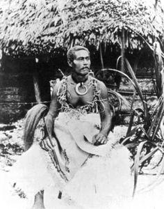 Tui Manu'a Empire Of Samoa « Samoa History Samoan People, Samoan Men, Polynesian Art, Polynesian Culture, South Pacific, Historical Photos, Pictures, Cooking Games, Cooking Ideas