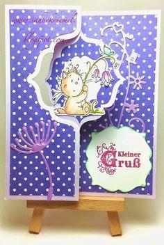 """Flip-It-Karte (Stanzform von Sizzix), außerdem ein Kätzchen von Whimsy Stamps aus dem Set """"Playful Kitten"""", das Blümchen im Vordergrund von Vaessen Cut & Emboss """"Dandelion"""" und der Schnörkel ist von Wilde Rose Studios """"Wedding""""."""