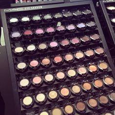Love MAC eye shadows!