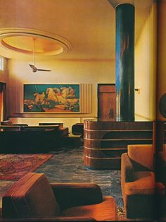 A Guest Suite was inspired by the great luxury ocean liners. The mural was painted by Stefan Norblin, as were the murals in the photo below.