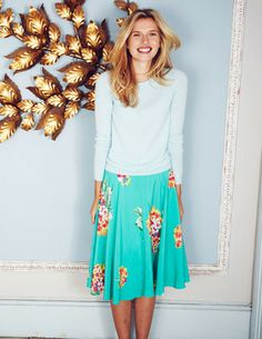 Womens Pretty Floral Skirt Boden USA | Women's, Men's & Kids Clothing, Dresses, Shirts, Sweaters & Accessories from Great Britain