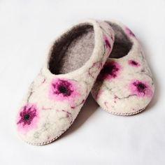 Felted wool slippers with leather soles. Handmade in Romania. Felted Wool Slippers, Sheep Wool, Romania, Wool Felt, Comfy, Leather, Handmade, House, Fashion