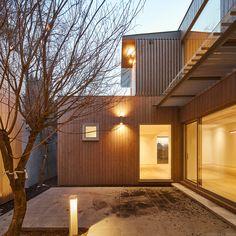 서울 평창동, 주택 Patio Design, Luxury Interior, Garage Doors, Outdoor Decor, House, Ideas, Home Decor, Decoration Home, Home