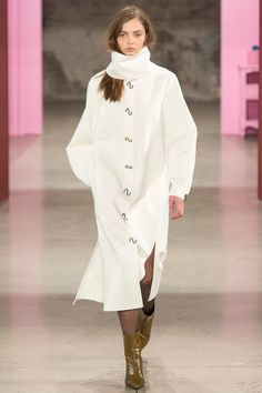 http://www.vogue.com/fashion-shows/fall-2017-ready-to-wear/tibi/slideshow/collection