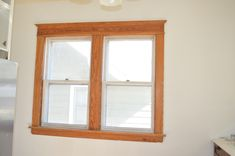 If you want to spruce up a dull room, or if you simply love the Craftsman style, roll up your sleeves and learn Craftsman window trim and other trim. #CraftsmanWindowTrim