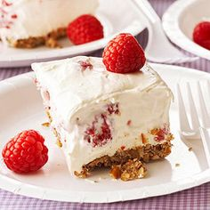A crunchy pretzel-pecan crust, creamy white chocolate, fluffy whipped pudding, and tart raspberries -- that's what summer dessert dreams are made of. Potluck Desserts, Potluck Recipes, Just Desserts, Delicious Desserts, Dessert Recipes, Yummy Food, Fun Food, Dessert Ideas, Dinner Recipes