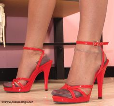 PNStockings.net Ars Vivendi Stockings on www.pnstockings.net #stockings #calze #nylon #RHT #pnstockings #shoes #feet #scarpe #tacchi #piedi