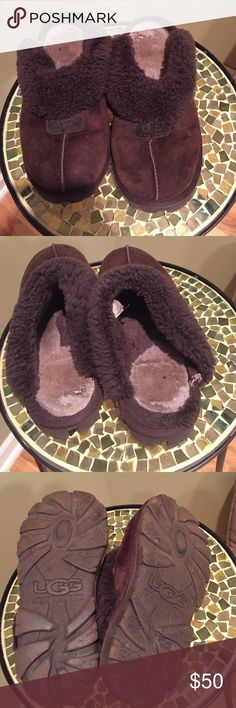 UGG slippers Used UGG slippers. Fur is worn out. Chocolate color. UGG Shoes Slippers